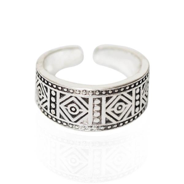 טבעת חריטות